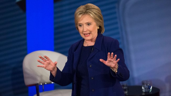 Clinton Struggles to Explain $600K in Speaking Fees