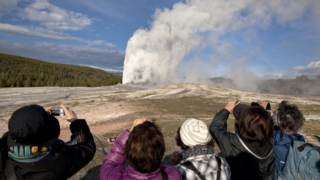 Researchers Seek to Find Old Faithful's Underground Plumbing