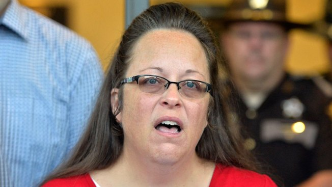 Court Revives Gay Couple's Case Against Kentucky Clerk Kim Davis