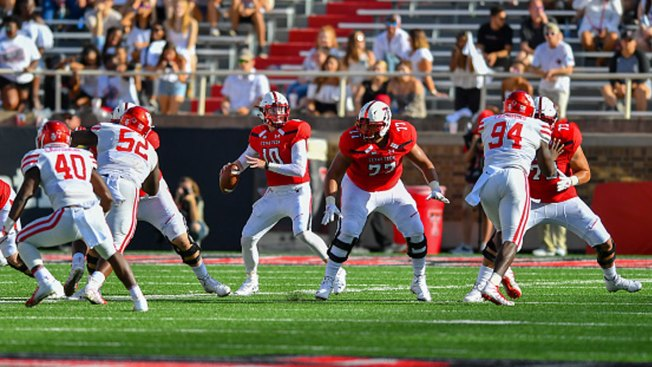 Grapevine's Bowman Throws for 605 Yards as Texas Tech Tops Houston