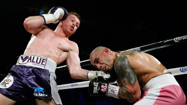 Canelo Alvarez Takes Middleweight Title Over Miguel Cotto