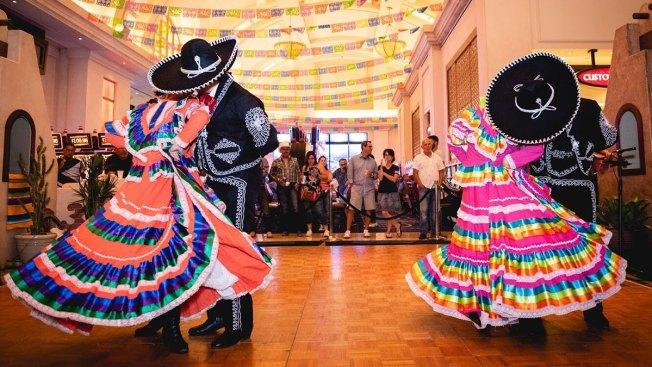 Celebrating Día de los Muertos With Music, Dance and Art