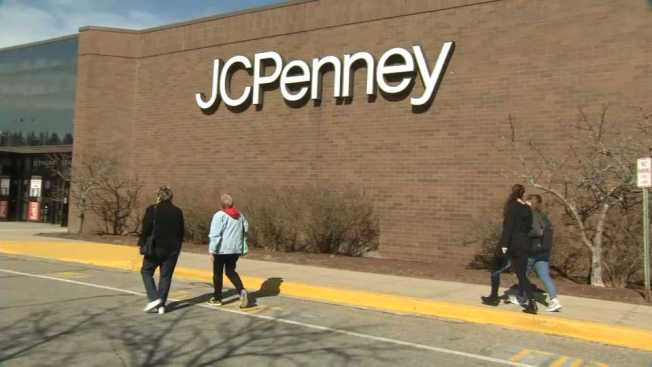 JCPenney Offers Discount on Dallas School Uniforms