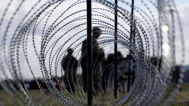 US Wants to Build More Tents at Border to Detain Migrants