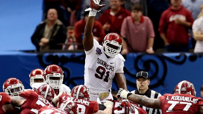 Scouting the NFL Draft: EDGE Charles Tapper