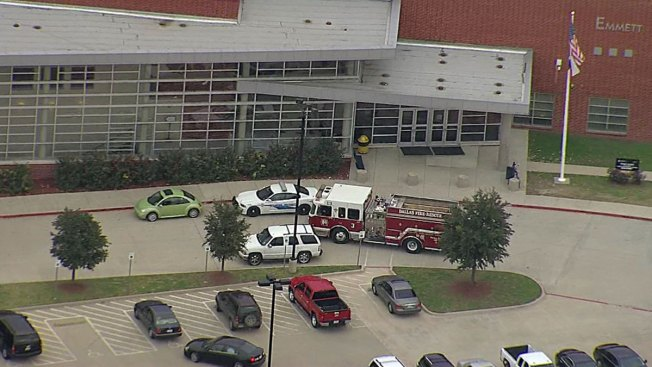 Peppermint Extract Leads to Hazmat Response at Dallas High School