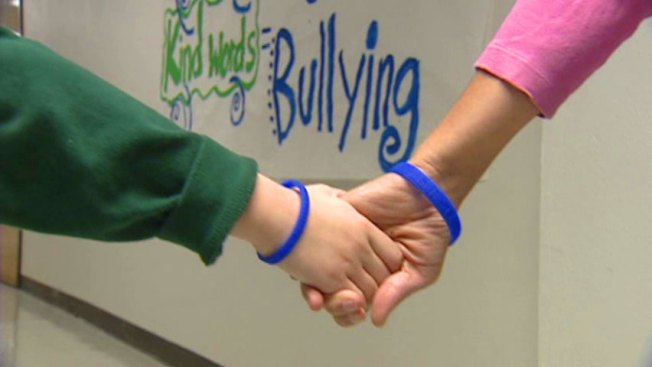 DISD Bands Together Against Bullying