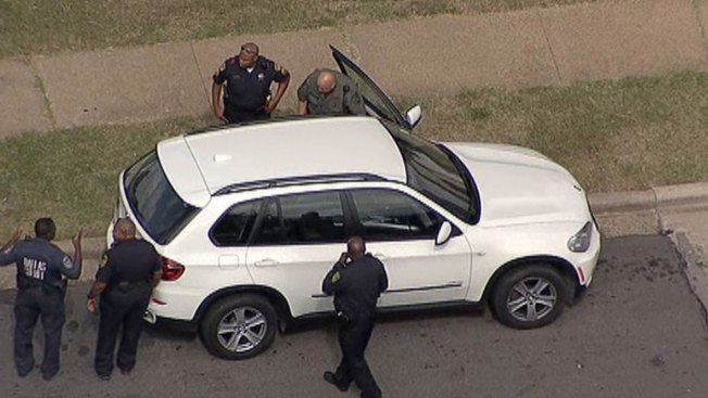 Driver Eludes Police After Chase in Dallas