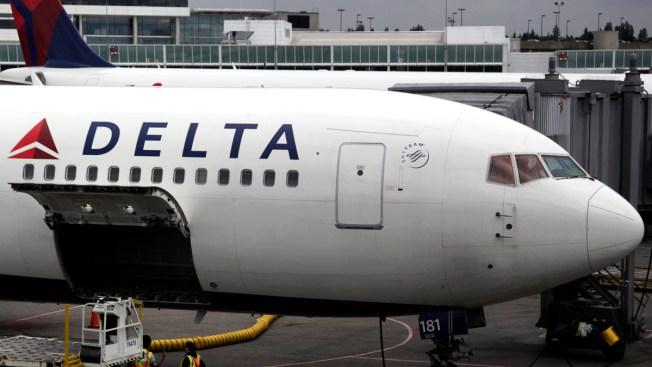 Milwaukee Man Removed From Delta Flight After Bathroom Break