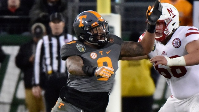 Scouting the NFL Draft: Tennessee EDGE Derek Barnett