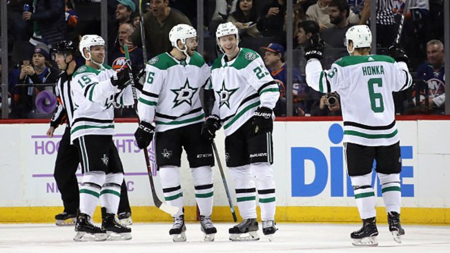 Lindell, Radulov Score 2 Each as Stars Beat Islanders