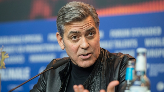 George Clooney Hopes to Meet Angela Merkel to Discuss Refugees