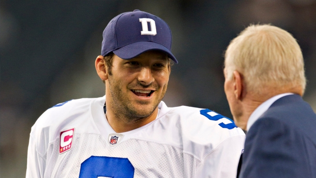 Tony Romo Open to 'Massaging' Contract to Facilitate Trade: Report