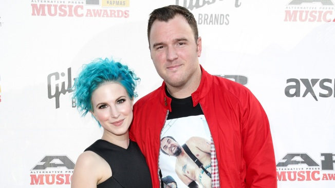 Hayley Williams Announces Split From New Found Glory Husband Chad Gilbert