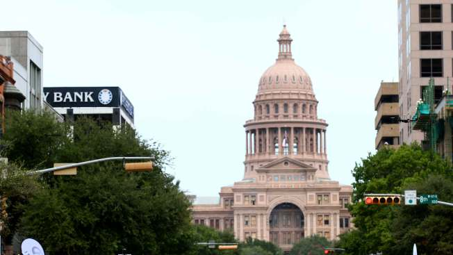 Texas Senate Votes to OK Contentious 'Sanctuary Cities' Bill