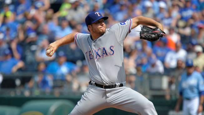 Rodriguez Pitches 7 Strong Innings, Rangers Beat Royals