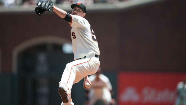 AL West Watch: Angels Nearing Deal With Lincecum