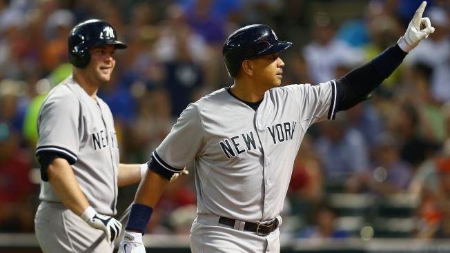 A-Rod Homers on 40th Birthday in Yankees' Win at Rangers