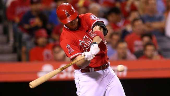 Rangers Ripped Again by Cron in 5-2 Loss to Angels