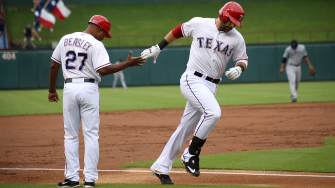 Rangers 3B Coach Tony Beasley Declared Free of Cancer
