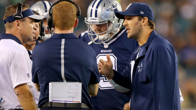 Cowboys Trying Out Quarterbacks in Romo's Absence