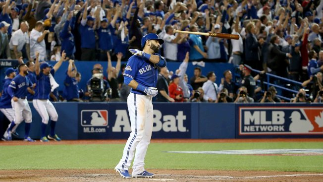 Rangers Shouldn't Stoop to Retaliation on Bautista For Epic Bat Flip