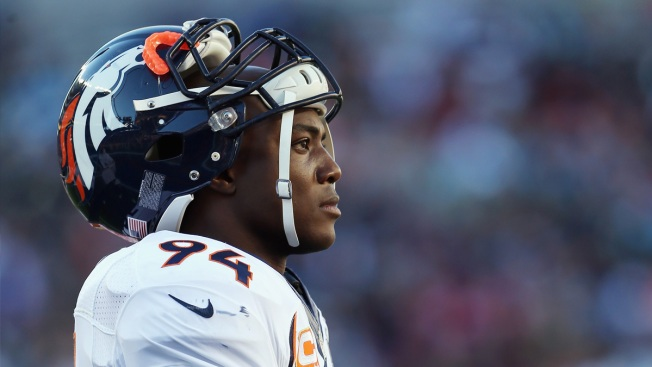 Broncos Pass Rusher Considering Return to Cowboys: Report
