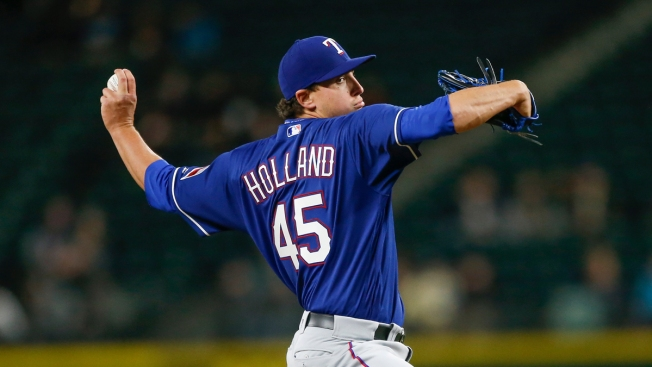 Beltre, Holland Lead Rangers to 8-0 Win Over Mariners