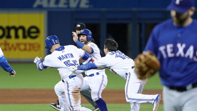 Martin Delivers Winning Hit, Blue Jays Beat Rangers 4-3