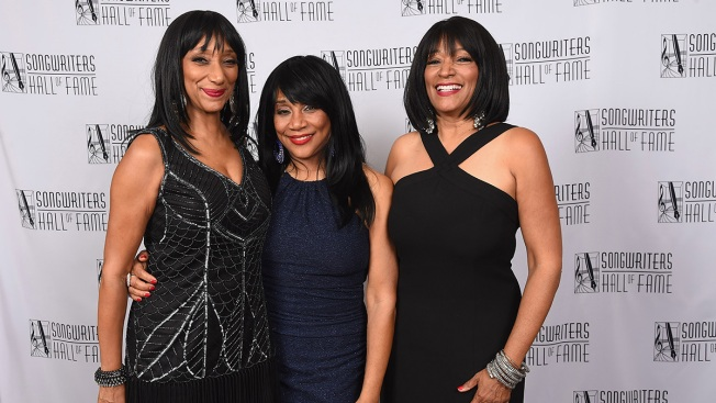Joni Sledge, Member of Sister Sledge, Dies at 60