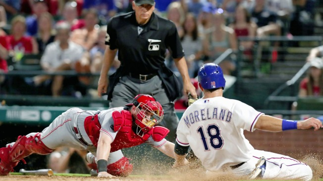 Bruce, Reds Cool Off Lewis, Rangers with 8-2 Interleague Win