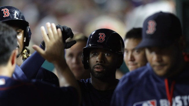 Red Sox Rally with 4 Runs in 9th for Win Over Rangers