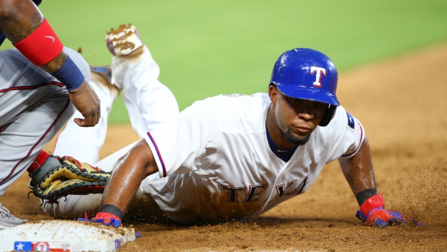 Rangers Overcome Hamels Struggles in 6-5 Win Over Twins