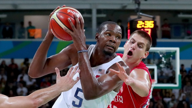 Men's Basketball: US Edges Tough Serbian Team