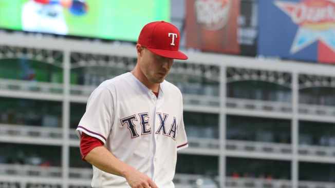 Strained Groin Lands Rangers' Lucas Harrell on Disabled List