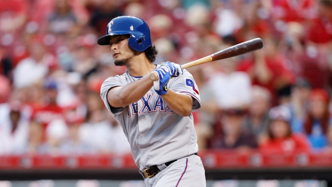 Yu Darvish Homers, Rangers Beat Reds 6-5 for 2-Game Split