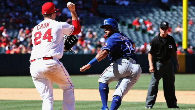 Simmons Hits 2 Home Runs, Lifts Weaver, Angels Over Rangers