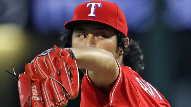 Darvish Stars as Rangers Beat Rays and Clinch Home Field