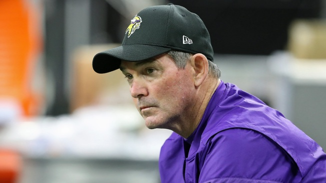 Emergency Eye Surgery Keeps Zimmer from Coaching Vikings vs. Cowboys