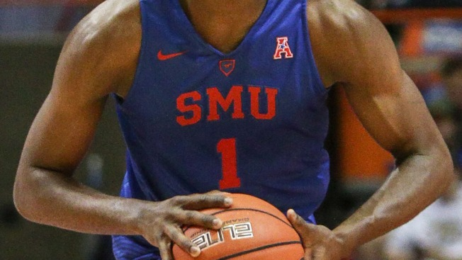 Milton Hats Up in 2nd Half, Helps SMU Beat Tulane
