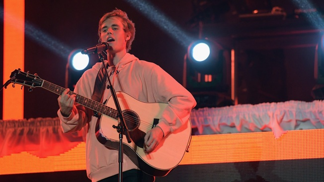 Beijing Bans Justin Bieber — But Says He's Talented