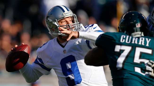 Tony Romo Returns to Action Against Eagles
