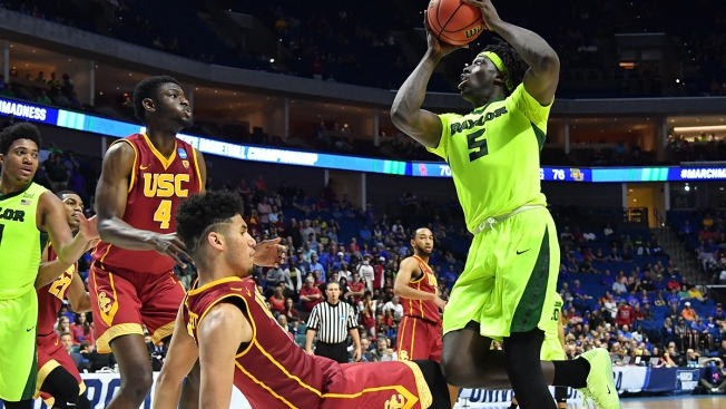 Motley Scores 19 as Baylor Defeats USC, Moves to Sweet 16
