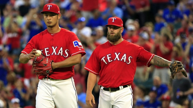 Graveman Takes No-Hit Bid into 7th, A's Beat Rangers