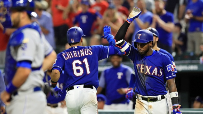 Gallo, Chirinos Each Homer Twice as Rangers Top Royals 6-2