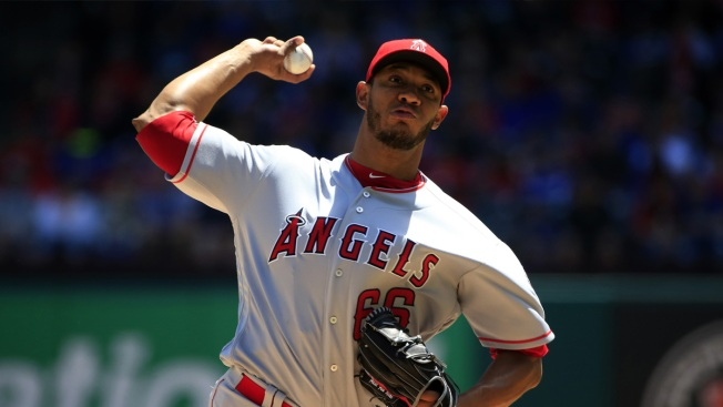 Angels' Ramirez Gets 1st Win as Starter, Tops Rangers 5-2