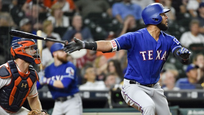 Gonzalez Hits 2 HRs to Send Astros Over Rangers 8-7