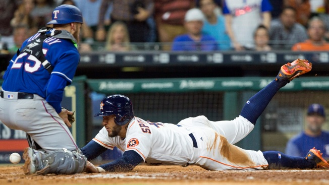 Gonzalez Homers Again in Astros' 10-1 Win Over Rangers
