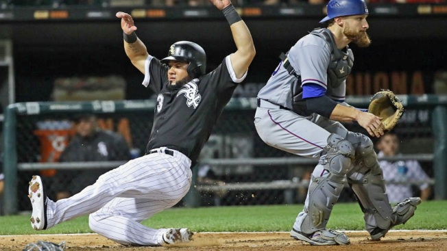 Cabrera Double Caps 3-Run Ninth, White Sox Beat Rangers 8-7