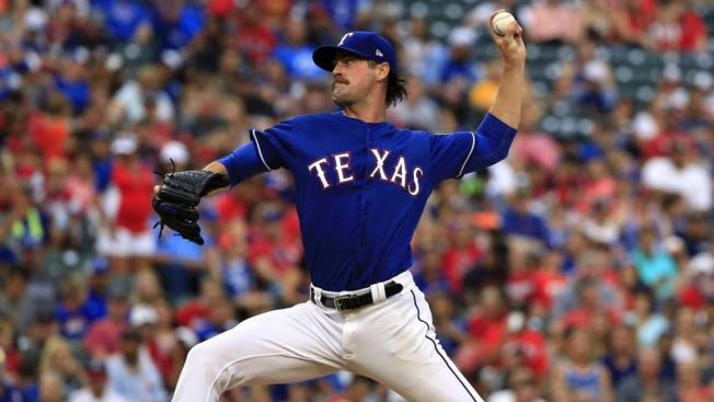 Hamels, Beltre Lead Rangers Past Angels 10-0